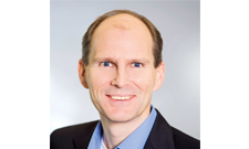 Prof. Dr. Alexander Haselhorst führt durch das Webinar.