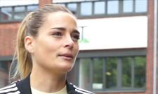 Handball-Nationaltorhüterin und IST-Studentin Dinah Eckerle im Gespräch.