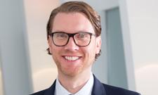 Fachanwalt Felix Kratz gibt Tipps rund um Kurzarbeit.