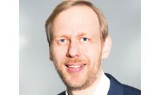 """Prof. Dr. Felix Kempf leitet das Webinar zum Thema """"Nachhaltigkeit""""."""