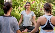 30 Jahre IST macht 30 Prozent Rabatt auf unsere Yoga-Weiterbildungen.
