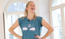 Riccarda Kolb, Expertin für Stressprävention und Yoga-Lehrerin, führt durch das IST-Webinar.