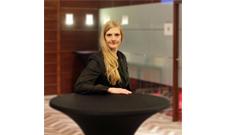 IST-Absolventin Sabrina Nevermann findet anspruchsvolle Position im Revenue Management.