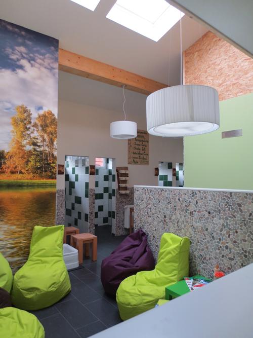 sauna meisterin er ffnet yopiwe. Black Bedroom Furniture Sets. Home Design Ideas